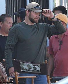 Bradley Cooper shows off his bulkier frame on set of American Sniper Bradley Cooper Baby, Kyle Wilson, Chris Kyle, Beefy Men, Sienna Miller, A Star Is Born, Brad Pitt, On Set, American