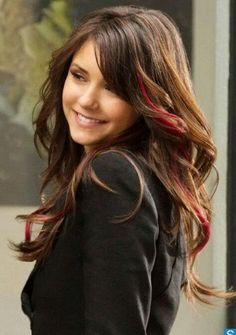 Nina  loving her red streaks- need to try it!