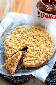 Crumbled with nutella, the perfect recipe (crunchy on the outside, creamy on the inside) Sweet Recipes, Cake Recipes, Snack Recipes, Snacks, Nutella Biscuits, My Favorite Food, Love Food, Delicious Desserts, Bakery