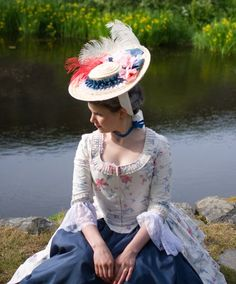 My first historical costume: A printed cotton Robe a la Anglaise, which can also be worn as a Polonaise.