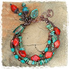 Multistrand Turquoise, Agate and Copper Bracelet Bohemian Jewelry, Wire Jewelry, Jewelry Crafts, Jewelry Art, Beaded Jewelry, Jewelry Bracelets, Jewelry Design, Jewellery, Bohemian Bracelets