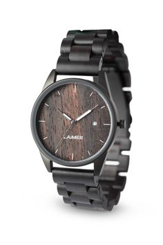 Our SASCHA convinces by means of the timeless and shapely design.This watch is the one final touch for every outfit and with its 40 mm diameter, it is suitable for him as well as for her. Wooden Watch, Square Watch, Minimalist Fashion, Minimalist Style, Stainless Steel Case, Taiwan, Michael Kors Watch, Modern Design, Quartz