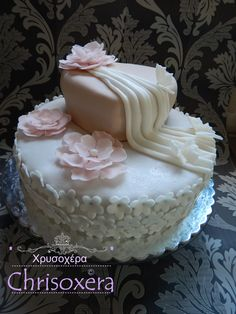 04. July 2015 #First #Engagement #Cake #Vanillabiscuit #Chocolatebiscuit #Cherrycream #Strawberrycream #Vanillacream #Chocolatecream #Gumpaste #Flowers #Heart #Drape #Να_Ζήσετε Georgios k Theodora #Τούρτα_Αρραβώνας #ΓΕΩΡΓΙΟΣ #ΘΕΟΔΩΡΑ