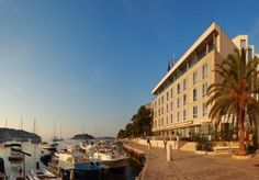 Hotel Adriana on the waterfront