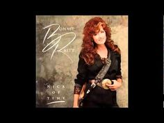 """Bonnie Raitt: Nick of Time: it was supposed to be a """"comeback"""" album and instead became a defining moment, in which she made middle age seem sexy as hell. Thank you Bonnie! You Broke My Heart, My Heart Is Breaking, Heart Real, Stevie Wonder, Mick Jagger, Bonnie Raitt, Lp Cover, Cover Art, Great Albums"""