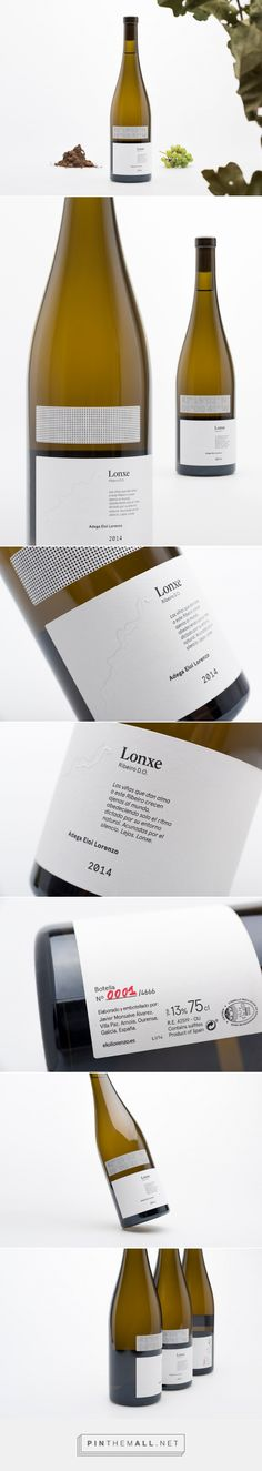 Lonxe Wine - Packaging of the World - Creative Package Design Gallery - http://www.packagingoftheworld.com/2016/11/lonxe.html
