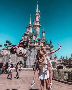 Disneyland paris t r a v e l & a d v e n t u r e disneyland, disney pic Cute Disney Pictures, Disney World Pictures, Cute Friend Pictures, Best Friend Pictures, Cute Pictures, Disney Vacations, Disney Trips, Vacation Travel, Disney Best Friends