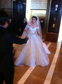 MARIAN RIVERA'S WEDDING GOWN