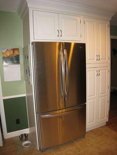 tall.corner cabinet next ro fridge - Google Search Pantry Room, Kitchen Pantry Cabinets, Kitchen Cabinet Hardware, Diy Cabinets, Kitchen Redo, New Kitchen, Kitchen Ideas, Kitchen Designs, Pantry Diy