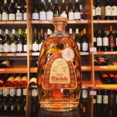 Miodula is a Polish brand that comes under the honey liqueur category, with vodka as its base. While visiting relatives in Szczecin, Poland, we had a wonderful vodka every night. Referred to as medicinal vodka! Polish Recipes, Polish Food, Honey Wine, Wild Turkey, Whiskey Bottle, Vodka, Orange Shades, Sweet Treats, Beverages