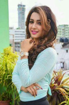 Beautiful Girl Photo, Beautiful Girl Indian, Most Beautiful Indian Actress, Stylish Girl Images, Stylish Girl Pic, Beauty Full Girl, Cute Beauty, Beautiful Bollywood Actress, Beautiful Actresses