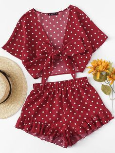 Shop Polka Dot Knot Front Top And Ruffle Hem Shorts Set online. SheIn offers Polka Dot Knot Front Top And Ruffle Hem Shorts Set & more to fit your fashionable needs. Crop Top Outfits, Short Outfits, New Outfits, Stylish Outfits, Girl Outfits, Fashion Outfits, Fashion Trends, Teenage Outfits, Outfits For Teens