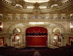 Located steps away from the hotel, the Boston Opera House is the prime location to catch a broadway show.
