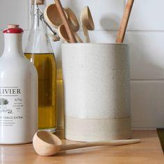 9 Clever Ways to Organize Your Kitchen #organization #hacks