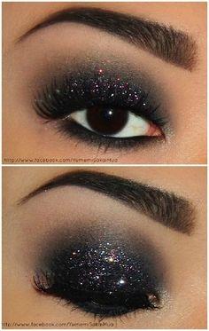Glamour smokey eye