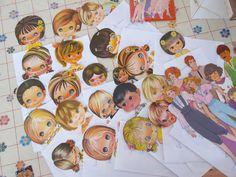 Sou Ana Caldatto, colecionadora de emoções. Através do Blog compartilho dicas e imagens de itens de Coleção, coisas que amo como antiguidades, bonecas, brinquedos antigos e um bom momento nostalgia. Não faço avaliações de itens. Compro ou aceito doações de bonecas e brinquedos antigos ao acervo. Meu contato: anacaldatto@yahoo.com.br ------------        DICA: para voltar a página inicial do blog click no banner do blog