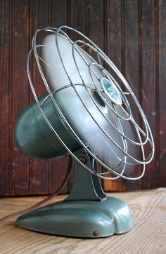 Vintage fan- spray enamel and gloss for iffice
