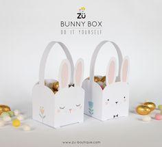 Et voici des petits paniers lapins qui permettront à ramasser les petits œufs bien cachés ^^ Il y a 2 versions à télécharger ! (vus pou...