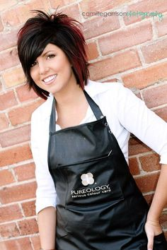 I actually went to cosmetology school with this fellow hairstylist :) ...I think her new hair is so cute!