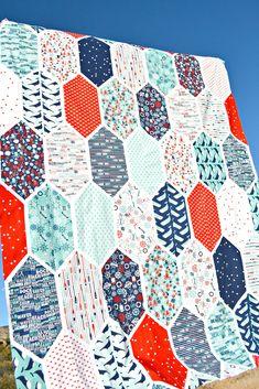 Deep Blue Sea – Church Window Quilt – Riley Blake Designs Modern Quilt Blocks, Modern Quilting, Church Windows, Deep Blue Sea, Contemporary Quilts, Riley Blake, Scrappy Quilts, Nautical Theme, Fun Projects