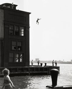 Photo by Ruth Orkin - Boy Jumping Into Hudson River, 1948. ☚