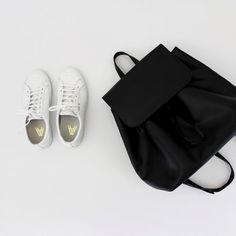 Guide on Choosing Travel Bags for Women - BagBagg Skam Aesthetic, Isak & Even, Minimal Wardrobe, Travel Bags For Women, Hijab Chic, Muslim Fashion, Hijab Fashion, Fashion Women, Style Fashion
