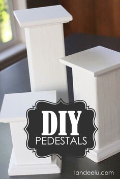 The best DIY projects & DIY ideas and tutorials: sewing, paper craft, DIY. Diy Candles Ideas DIY Pedestals tutorial, These are so easy and affordable! Can use/adapt for a variety of rooms & projects -Read Diy Projects To Try, Home Projects, Craft Projects, Project Ideas, Craft Tutorials, Craft Fair Displays, Display Ideas, Booth Ideas, Stall Display