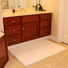 Buy Bath Mat Bathroom Rug Non-slip Soft Microfiber Shower Rugs 31x 47 inch for Bathroom Bedroom Living Room Kmat - Reviewhomkit.com ✓ FREE DELIVERY possible on eligible purchases