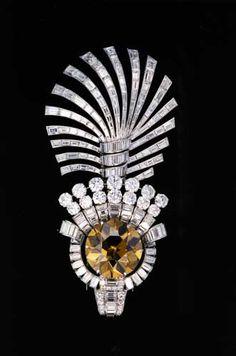 Diamants, au coeur de la Terre, au coeur des Étoiles, au coeur du Pouvoir    Paris, muséum national d'histoire naturelle, 2001