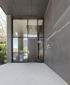 LEMAYMICHAUD | Montréal | Architecture | Interior Design | Corporate | Office | Entrance | Doorway | Entry | Signage |