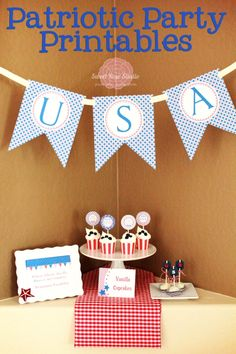 A set of party printables that are perfect for any patriotic occasion....Even if you're just throwing together a quick party for a few friends or family members, these free printables by Katie at Sweet Rose Studio will make it look like you spent way more time than you actually did on putting the gathering together.