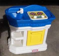 Vintage Little Tikes Play Kitchen Excellent Used Condition Local Pick Up ONLY