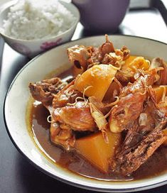 Surya's Kitchen: RESEP MENU INDONESIA: SEMUR AYAM