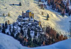 Tarasp Castle in winter, canton Graubünden photo by Vinicio Guedes : schweiz Places To Travel, Places To Visit, Architecture Old, Secret Places, Future Travel, Adventure Is Out There, Vacation Destinations, Pretty Pictures, Where To Go