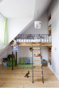 Unique kids bed ideas with loft bed on stilts. nice one! / Un lit original
