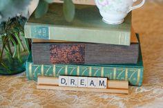 Photography by Rachel Peters Photography www.blogbyrachel.com    Vintage Origami http://www.vintageorigami.com/