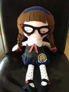 Super Cute Schoolgirl Dolly (pattern by Dolls And daydreams)