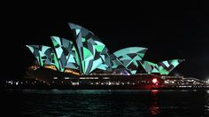 At this year's Vivid LIVE, design collective Universal Everything illuminates the sails of the Sydney Opera House using a mix of projection mapping, hand drawings… Outdoor Projector, Facade Lighting, Creators Project, Projection Mapping, Generative Art, Light Music, Sydney, Eye Candy, Sailing