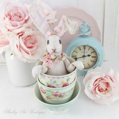 Adding Easter and spring elements to your vignettes I Shabby Art Boutique