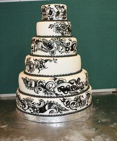 henna design wedding cake by The House of Cakes Dubai, via Flickr