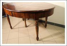 Tavolo Luigi Filippo ovale !allungabile  epoca 1860 lastronato noce  tavolino!
