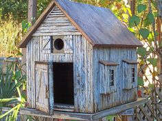 Country Birdhouse handbuilt by me. Thanks for looking at my crafts.