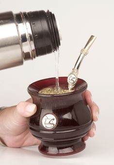 Los Beneficios Del Mate Yerba Mate, Food N, Food And Drink, Love Mate, Te Chai, Different Types Of Tea, Chinese Greens, Loose Leaf Tea, Dinnerware