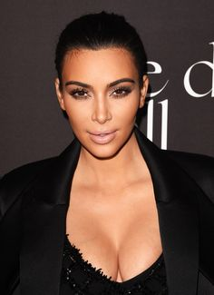 Не родись красивой: знаменитые красавицы до и после пластической хирургии