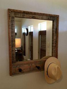 Résultats de recherche d'images pour « comment décrire un cadre de miroir avec clou vieux clou de chemin fer »