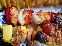 Bbq Grill, Grilling, Sausage, Chicken Recipes, Turkey, Meat, Food, Bar Grill, Turkey Country