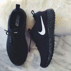 eafc9e96944 Nike Sport Black Running Shoe Women Running Shoes
