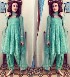 Zahra Ahmad Eid dresses have been revealed. New Eid collection includes short shirts, short frocks, peplums with sharara and gharara. Pakistani Fashion Casual, Pakistani Dresses Casual, Pakistani Dress Design, Indian Dresses, Indian Outfits, Casual Dresses, Indian Fashion, Eid Dresses For Girl, Stylish Dresses For Girls