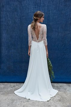 The most beautiful wedding dresses Les plus belles robes de mariée 2020 Wedding dress a flowing dress with a neckline in the back in Calais lace Maison Floret, € - Open Back Wedding Dress, Boho Wedding Dress, Lace Wedding, Boho Bride, Elegant Wedding, Summer Wedding, Wedding Ceremony, Wedding Dresses 2018, Bridal Dresses