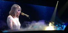 """Taylor Swift inicia a turnê """"1989"""" no Japão: saiba tudo sobre os shows #Bad, #Cantora, #Festa, #Grupo, #Japão, #Música, #NewYork, #Rock, #ShakeItOff, #Show, #TaylorSwift http://popzone.tv/taylor-swift-inicia-a-turne-1989-no-japao-saiba-tudo-sobre-os-shows/"""